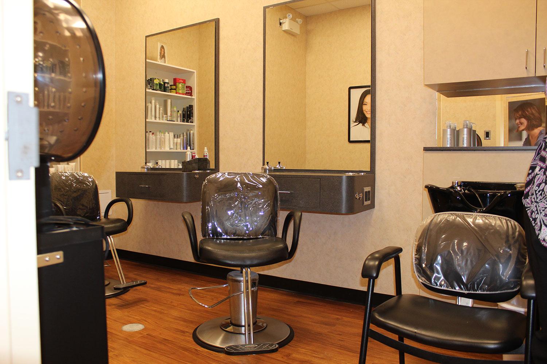 New magicuts hair salon location offers comfortable hijab for Salon confortable