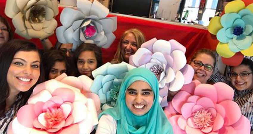 Paper Flower Making Workshop with Hafsa Creates