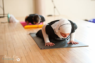 A super-sized one-hour class by YogaFit instructor Jessica Keats (pictured above) raised over $7,400 for arthritis research.  Photo Credit: Anna Epp photo graphy