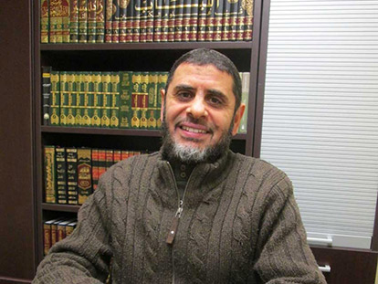 Sheikh Ismail Albatnuni at Masjid Assunnah in Ottawa South.