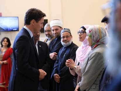 Prime Minister Justin Trudeau Meets with Mosque Leaders and Muslim Youth After New Zealand Terrorist Attack