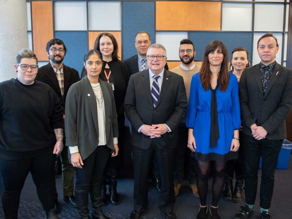 Honourable Ralph Goodale and members of the National Expert Committee on Countering Radicalization to Violence.