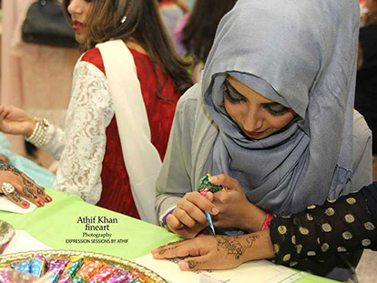 The Art of Henna: Profile of Artist Sana Khan