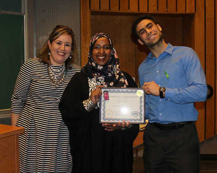 Transplant Stories Event Organizer Erica Bregman, Kidney transplant recipient Hiba Yusuf, and Carleton University Students Association Vice-President (Internal) Maher Jebara