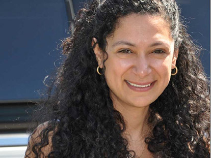 Hoda Elatawi is an Ottawa-based Egyptian Canadian filmmaker.
