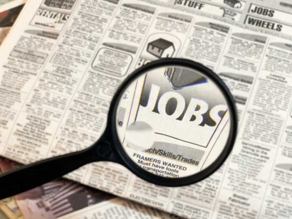 Want a career in the Federal Government? 5 ways to get in