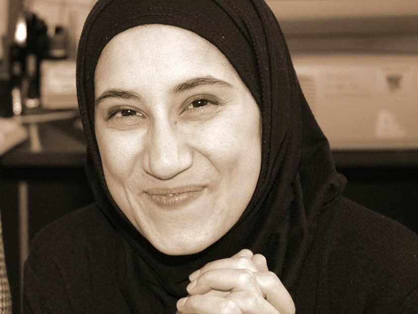 Aisha Sherazi: A Convert Mother in Ottawa