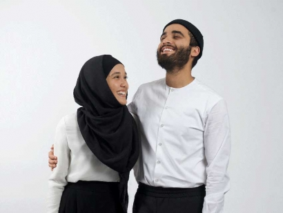 Aicha Chtourou and Bilal Mashhedi are the entrepreneurial couple behind Mode-ste, Canada's largest and fastest growing Modest Fashion brand.