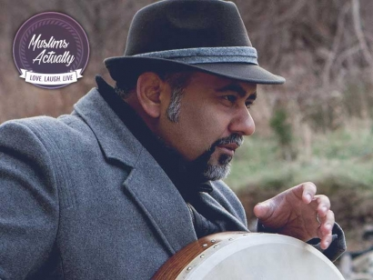 """Nader Khan is a Indian Canadian singer/songwriter of nasheed and """"world music"""", an arts educator and social activist."""