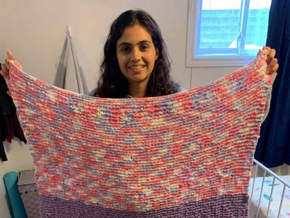 Members of the Ottawa Ismaili Muslim Community knit comfort blankets for patients at Bruyere Care Saint-Vincent Hospital.