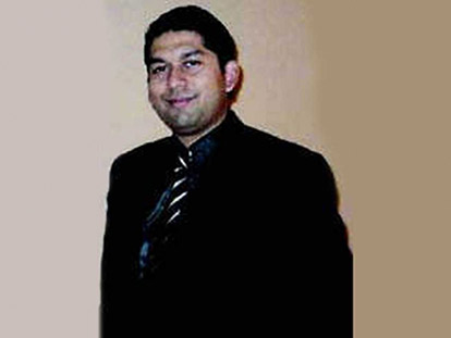 Dr. Farhan Asrar