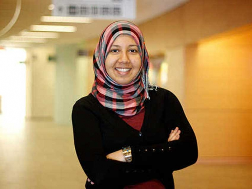 Khulood Al Katta works with the Youth Futures program