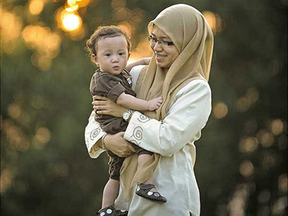 Muslim moms in Canada more than full-time housewives
